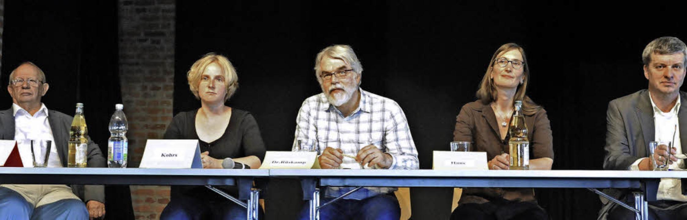 Auf dem Podium des Infoabends zur Geme...er lauter Befürworter der neuen Schule    Foto: Markus Zimmermann