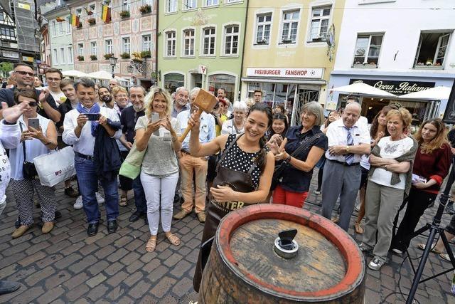 Grünenstadträtin Nadyne Saint-Cast hat den diesjährigen Oberlindenhock eröffnet