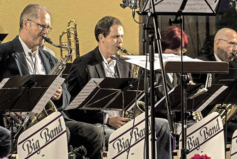 Die Big Band in Aktion.  | Foto: Martin hannig