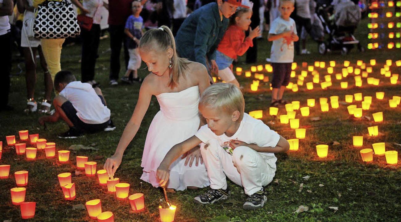 Auch  für die Kleinen  ist das Lichterfest ein  Ereignis.   | Foto: Archivfoto: W.  Künstle