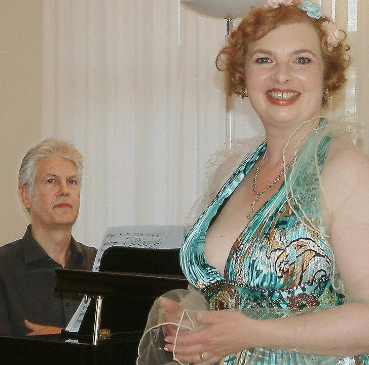 Altistin Daniela Bianca Gierok und ihr Klavierpartner  Carl Martin Buttgereit   | Foto: Roswitha Frey