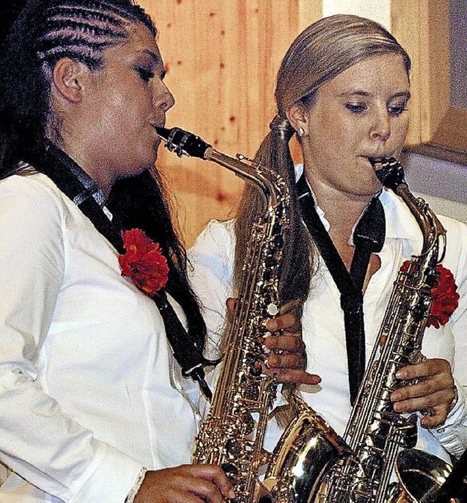 Großer Auftritt für Solisten: Tanja Sp...r (rechts) überzeugte an der Posaune.   | Foto: Jürgen Schweizer