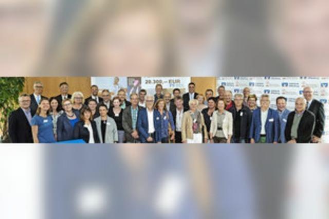 Volksbank Offenburg spendet 20 300 Euro an 35 Ortenauer Schulen