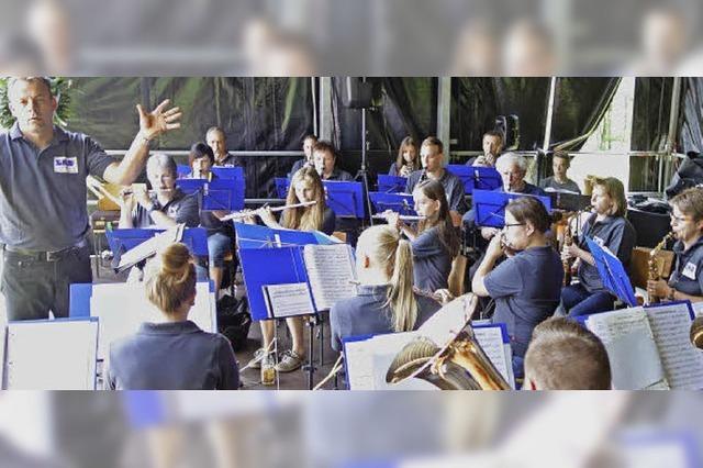 Benefizkonzert der Stadtmusik in der Heilig Kreuz Kirche