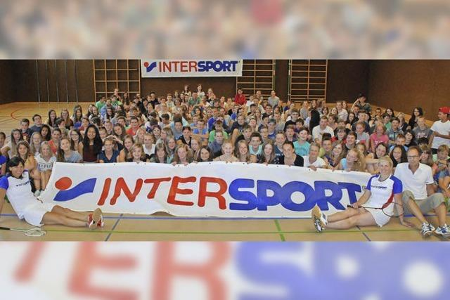 Werbung für Badminton - Renaissance des Federballspiels?