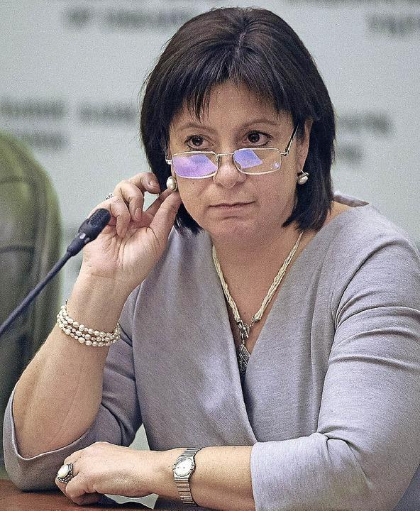 Versucht, ihre Landsleute zu beruhigen: Finanzministerin Natalia Jaresko   | Foto: dpa