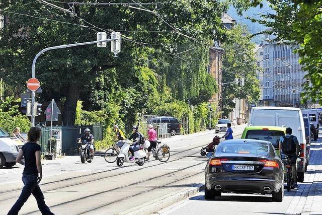 Autofahrer nutzen Basler Straße als Baustellen-Tangente