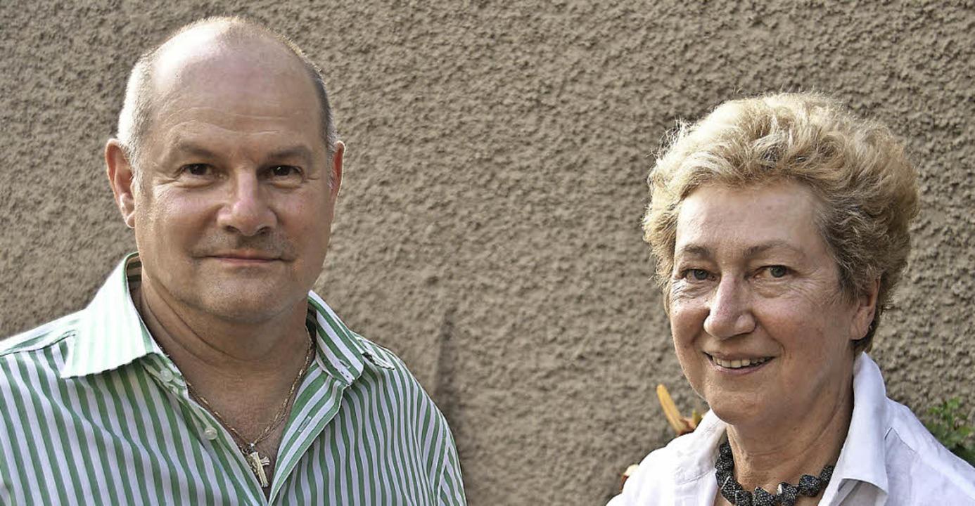 Hartmut Fricke und Annerose Schöke-Phi...m Demografiestrategischen Forum vor.    | Foto: Hrvoje Miloslavic