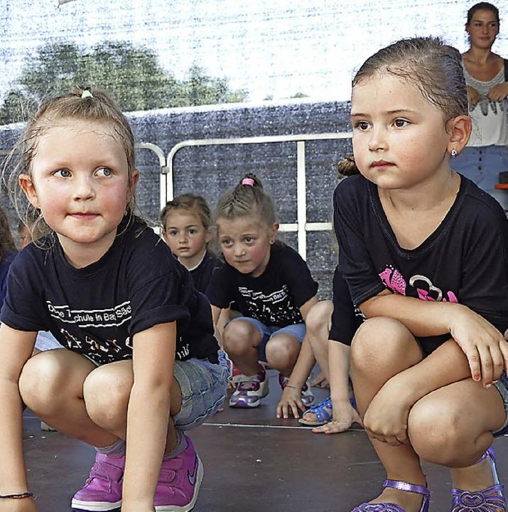 "Auch Kinder der Dance Company ""Moments for Life"" machten mit.  | Foto: Marion Rank"