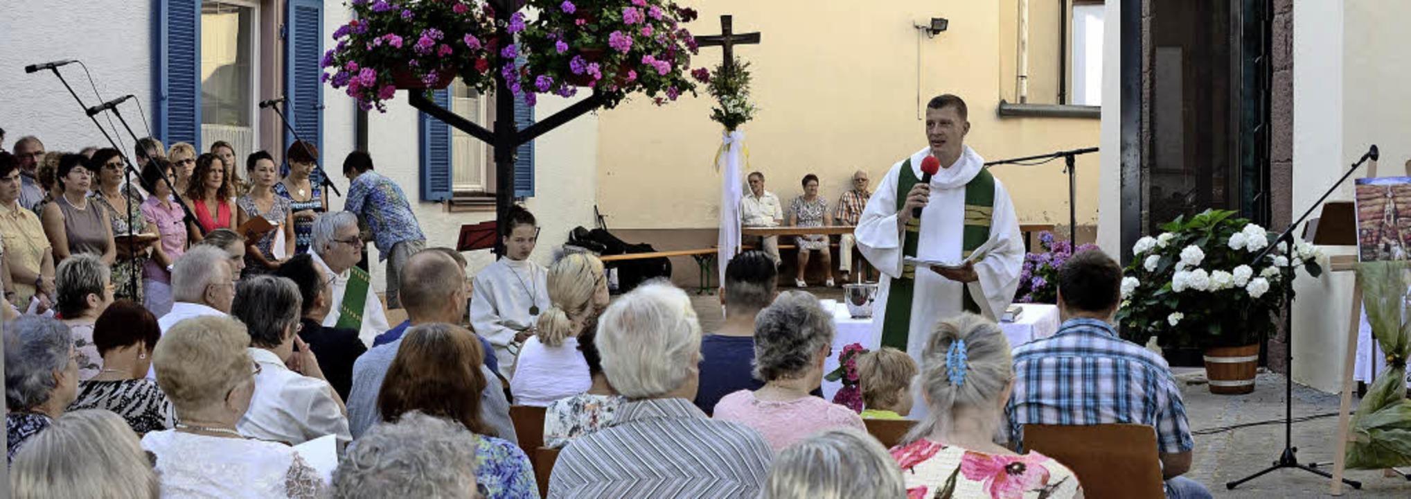 Forchheim. Pfarrer Jürgen Schindler bei der Festansprache.  | Foto: Roland Vitt