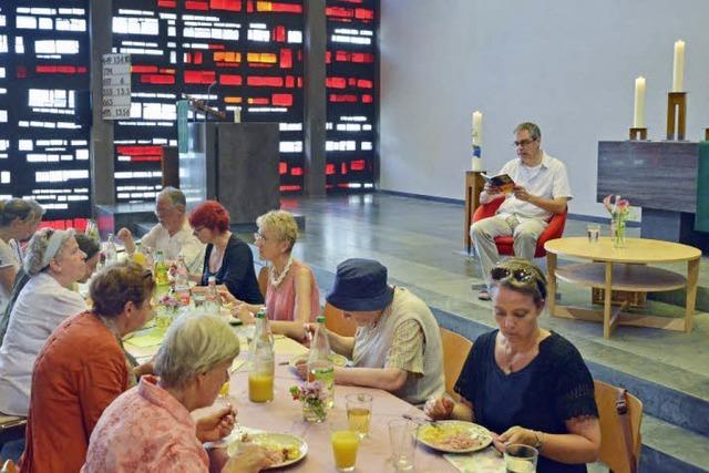 Essen und Zuhören – in der Kirche