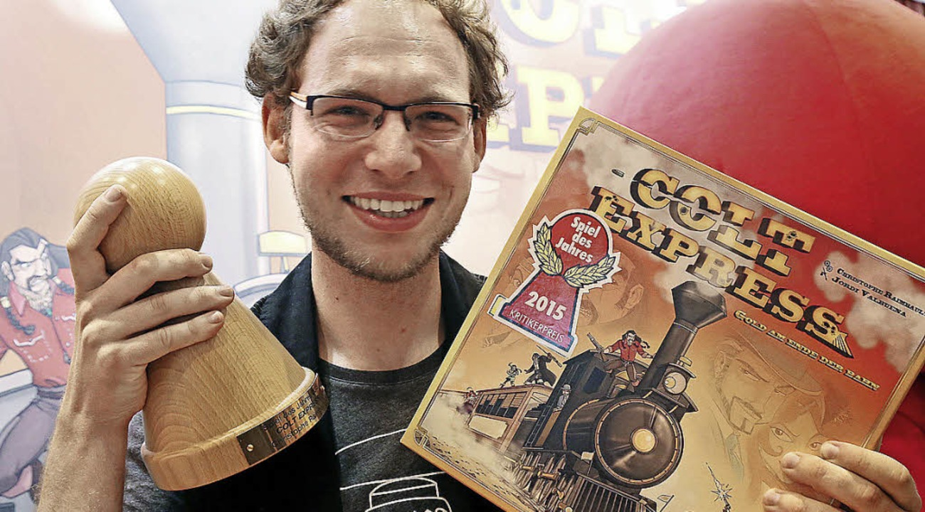 "Christoph Raimbault präsentiert sein Spiel ""Colt Express"".   | Foto: DPA"