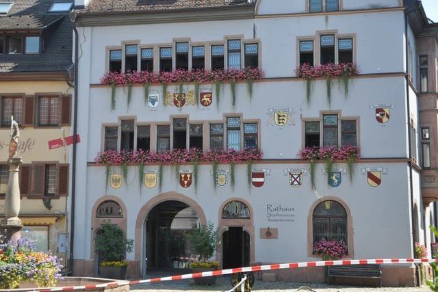 Großeinsatz in Staufen: Gasalarm im Rathaus