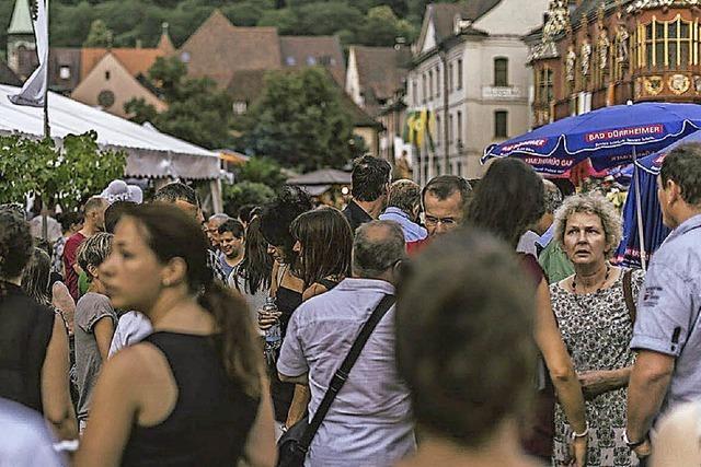 Rekordbesuch bei Rekordhitze: 100.000 Menschen auf dem Weinfest