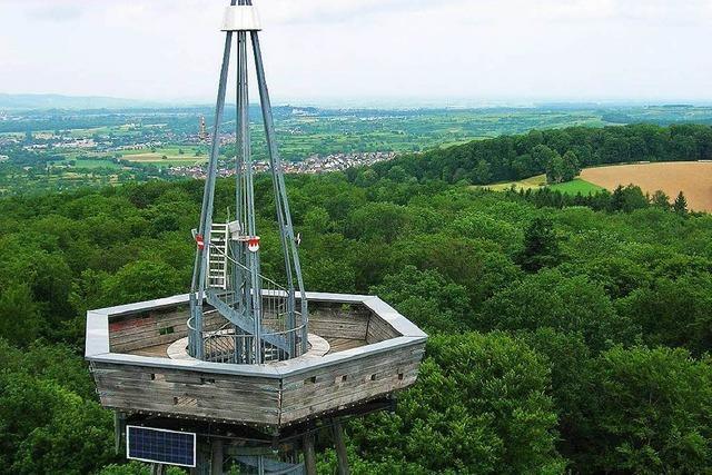 Der neue Fuß des Turms ist da