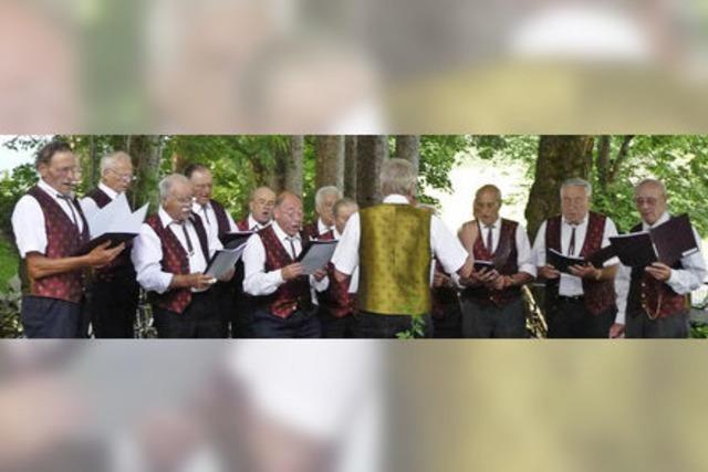 Jahreskonzert des Männergesangvereins Harmonie Schollach mit Kirchenchor St. Nikolaus Waldau und Musikverein Schollach in Eisenbach