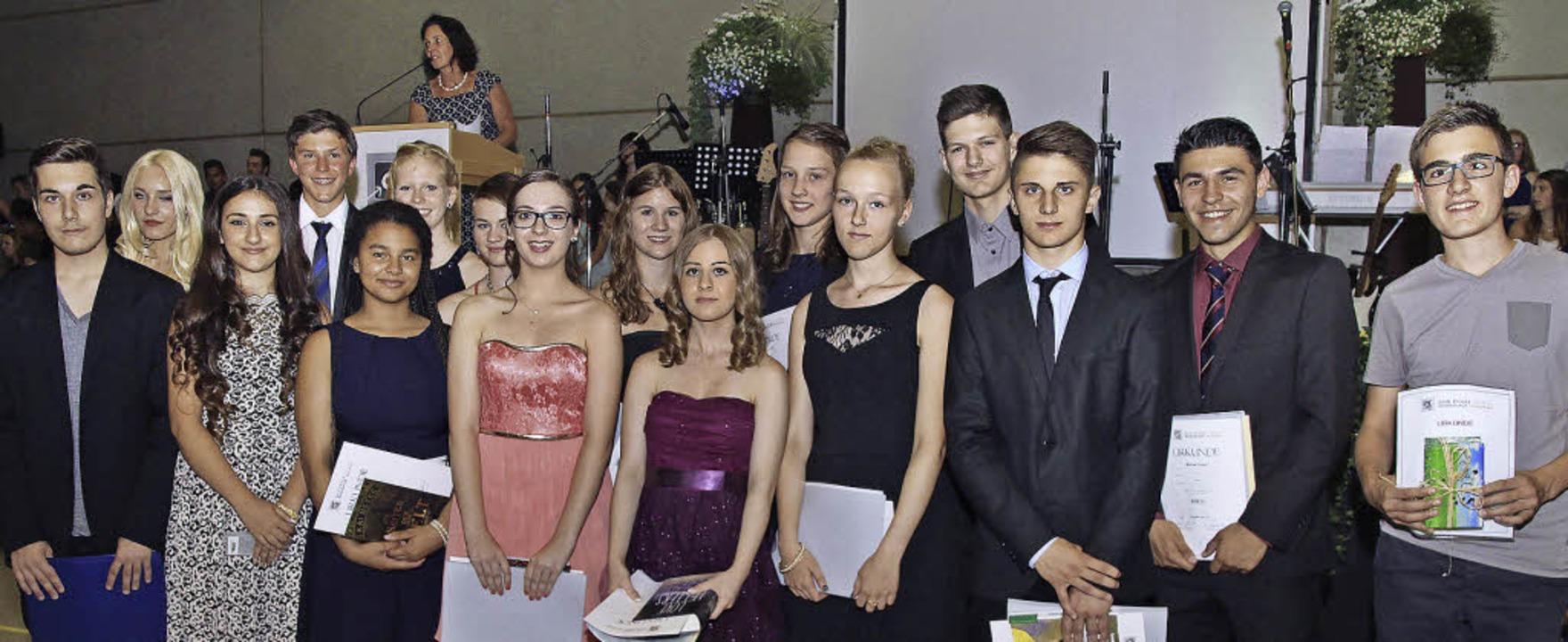 Zum ersten Mal feierten Werkreal- und ... die Preisträgerinnen und Preisträger.  | Foto: Thilo Bergmann