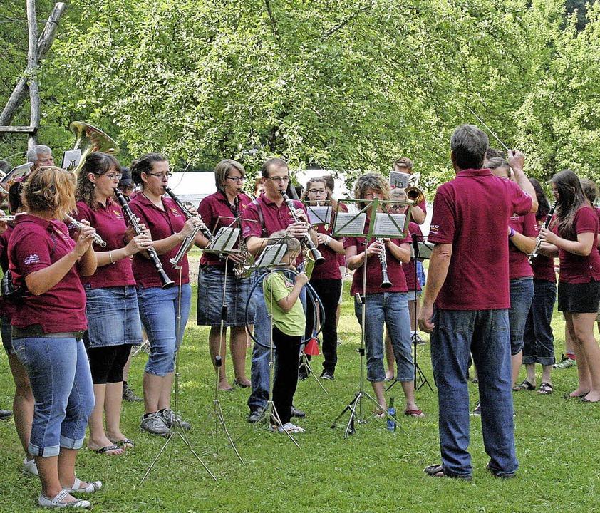 Viel Musik und Unterhaltung wird es au...beim Dorffest 2015 in Ühlingen geben.   | Foto: Birgit Rüde
