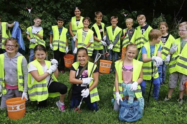 Schüler sorgen für saubere Stadt