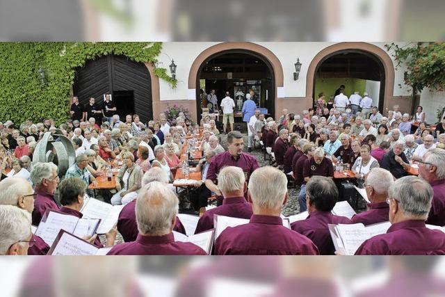 Festival der Chöre lockt weit mehr Besucher nach Wollbach als erwartet