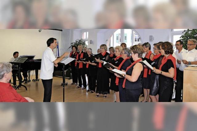 Chor singt mit Freude über die Freude