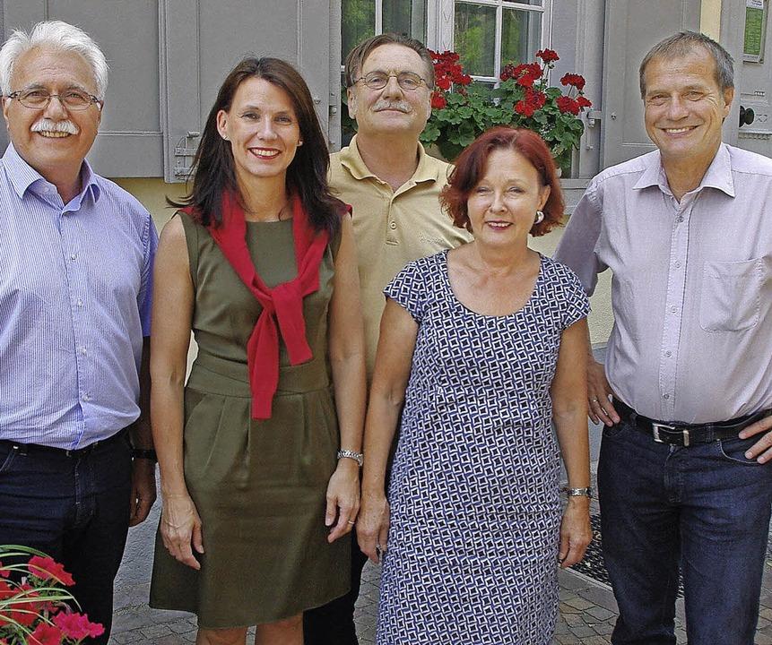 Zum Abschluß der Beratung vor dem Haus...Hochschwarzwald, Waldshut und Lörrach.  | Foto: Rolf Reißmann