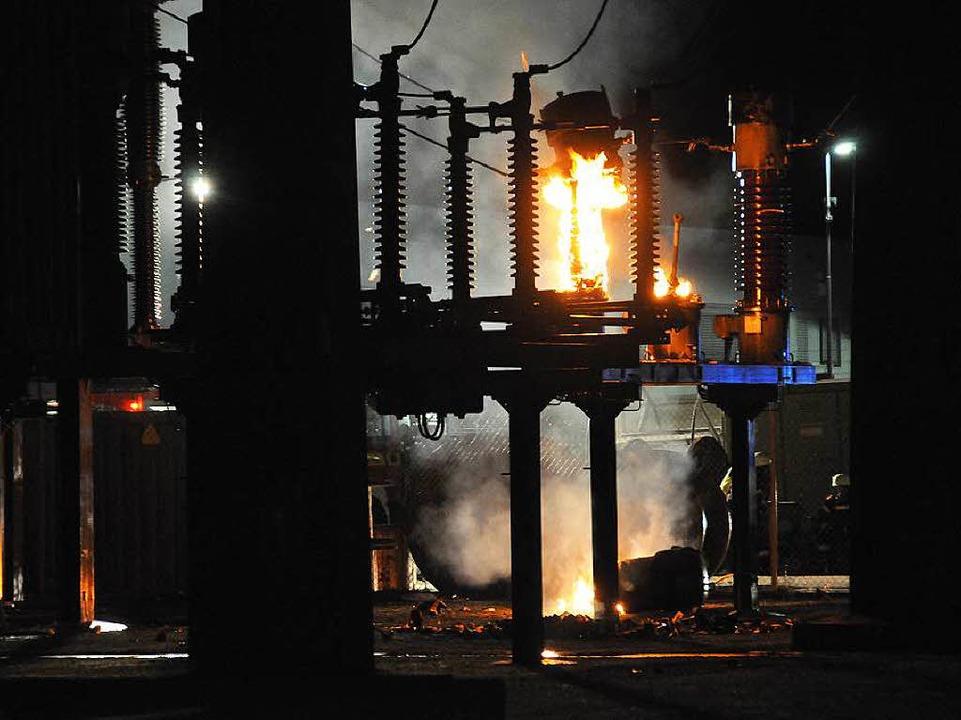Feuer im E-Werk in der Wasserstraße in Offenburg.  | Foto: Helmut Seller