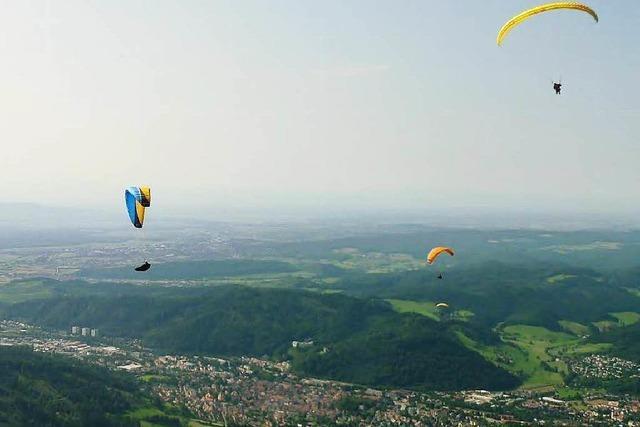 Drachen- und Gleitschirmflieger feiern 40. Geburtstag