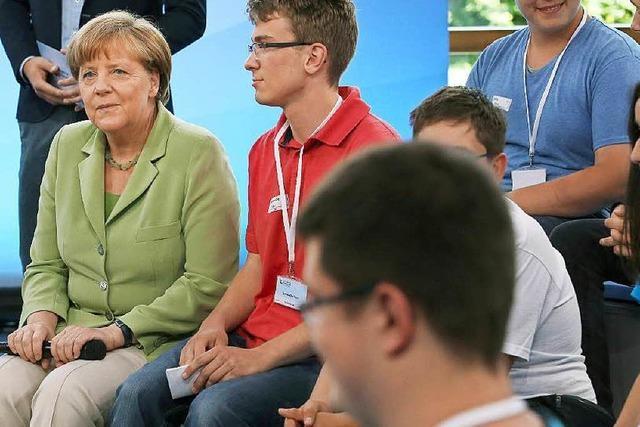 Weinendes Palästinensermädchen bringt Merkel aus der Spur