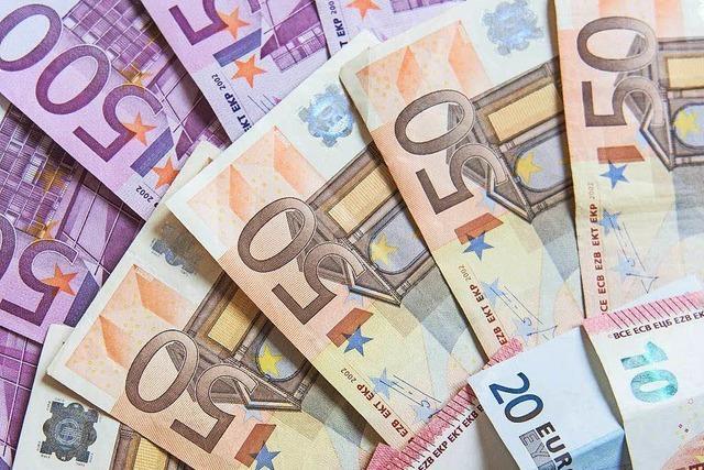 Schweizer Firma zahlt Grenzgänger in Euro