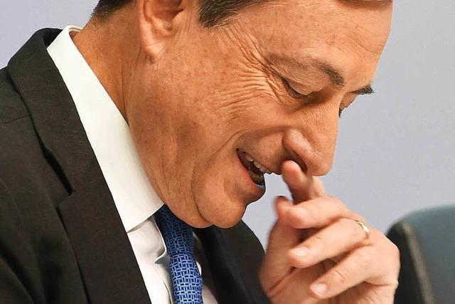 Draghi dreht den Geldhahn für Athens Banken weiter auf