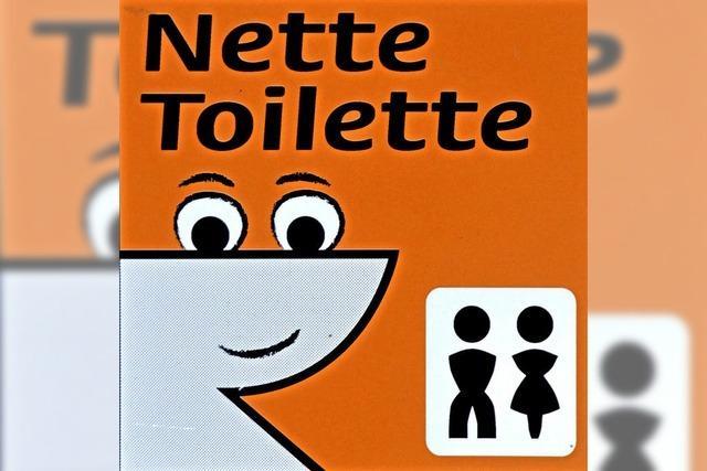 Nette Toilette in der Stadt