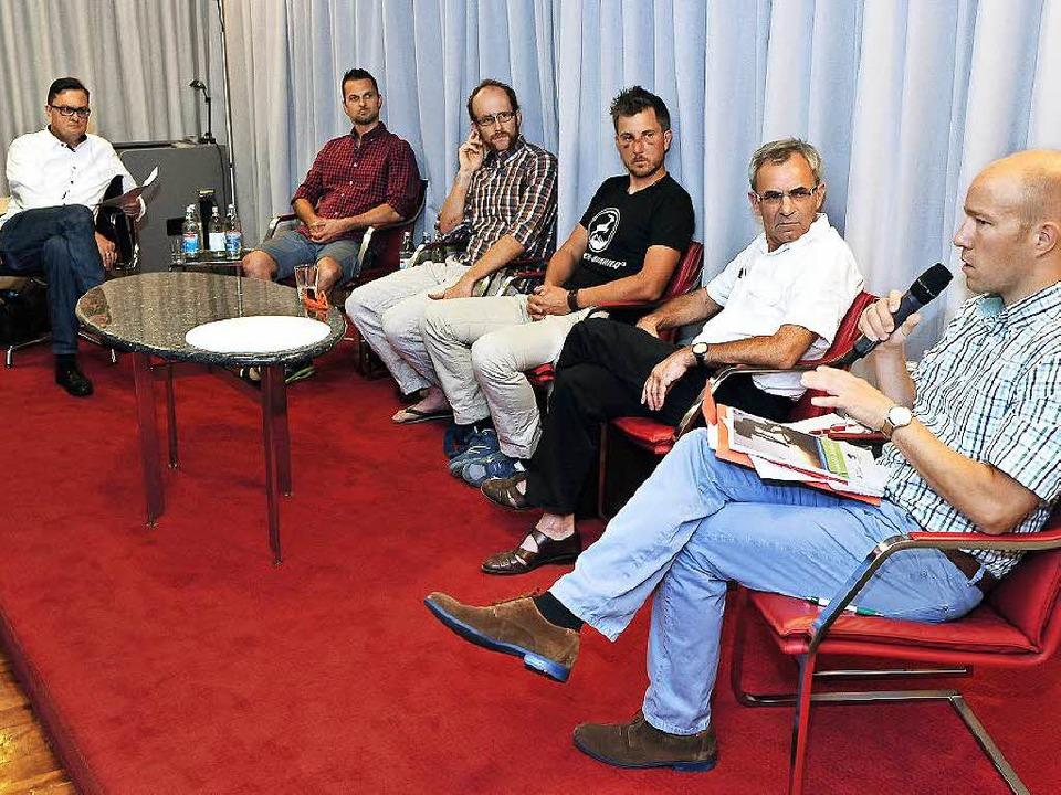 Die Podiumsrunde  (von rechts): Mirko ... Wasmer, Arne Grammer, Holger Knöferl   | Foto: Thomas Kunz