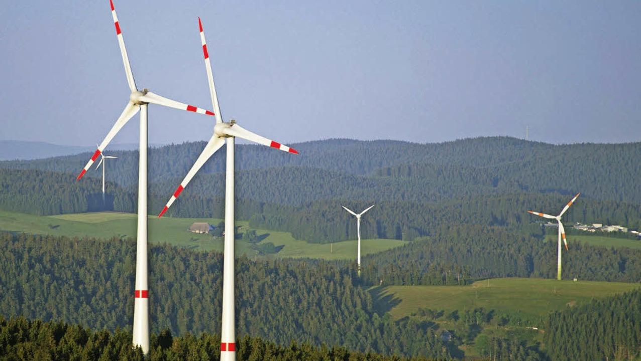 Windräder im Schwarzwald bleiben ein strittiges Thema.   | Foto: dpa