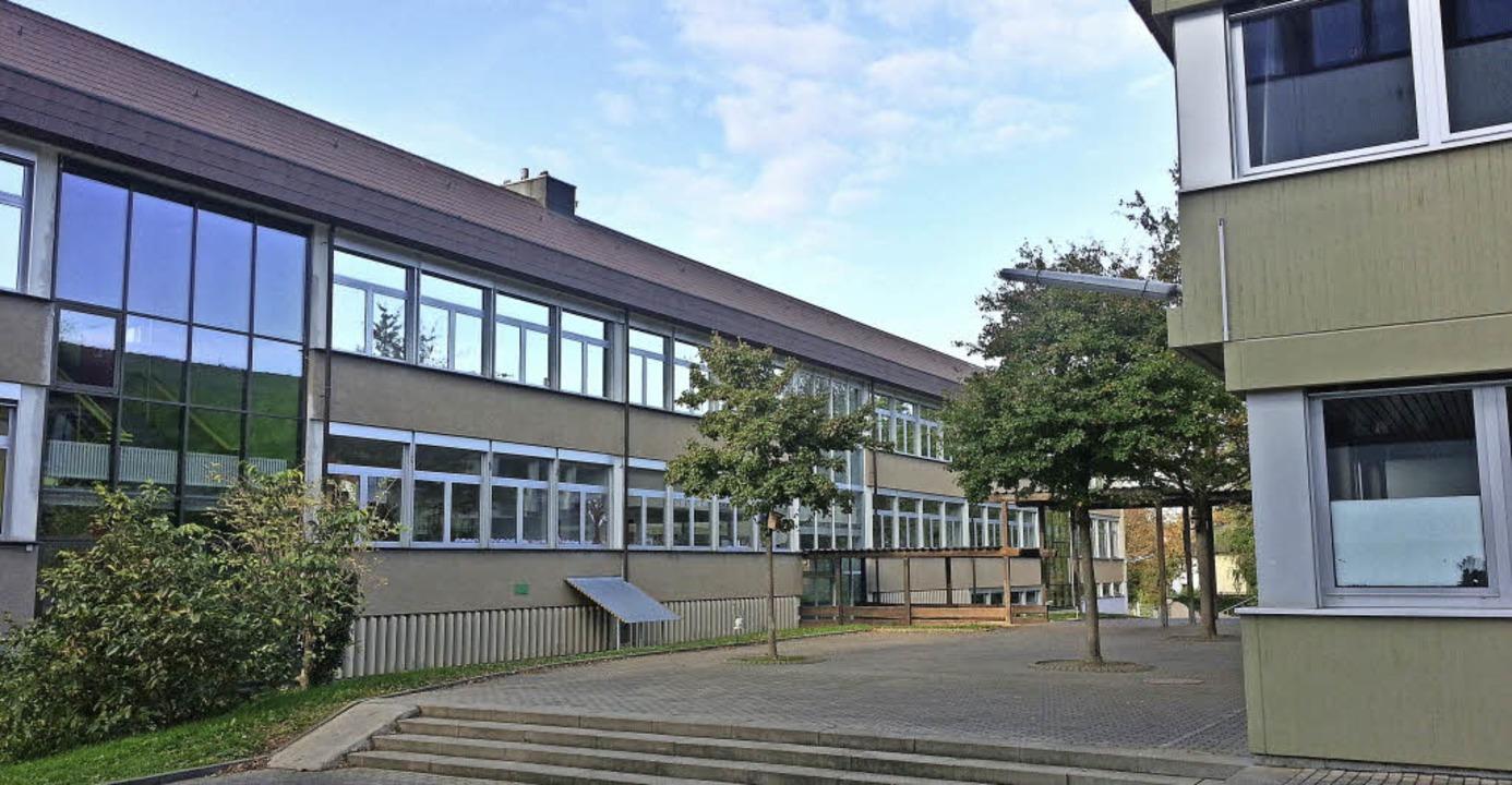 Die Modernisierung des Endinger Schulz...Bild die Grundschule) verzögert sich.   | Foto: Martin Wendel