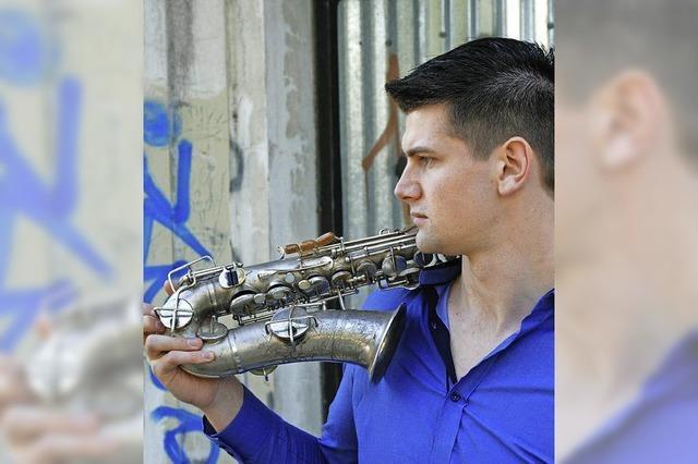 Konzert in der Stoll Vita-Stiftung in Waldshut. Begleitet wird er vom Pianisten Moritz Ernst aus Badenweiler