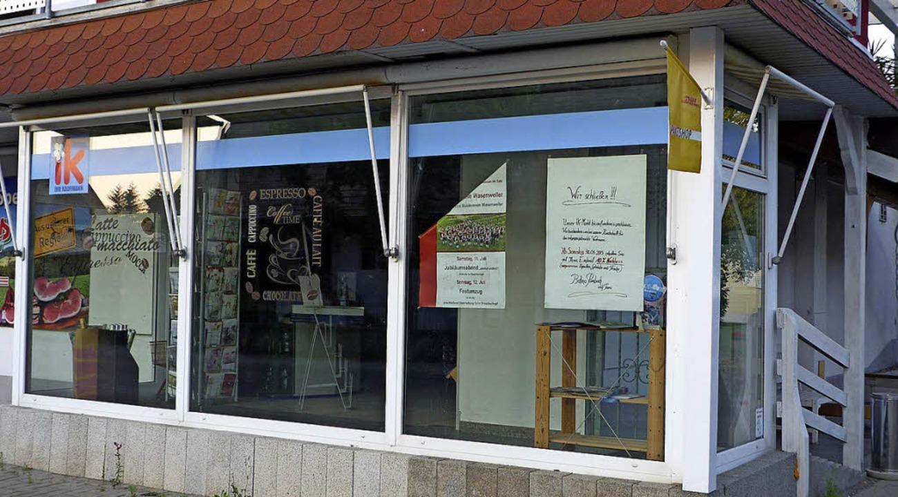 Seit Wochen steht der kleine Dorfladen...chkeit, den Laden weiter zu betreiben.  | Foto: Christine Weirich