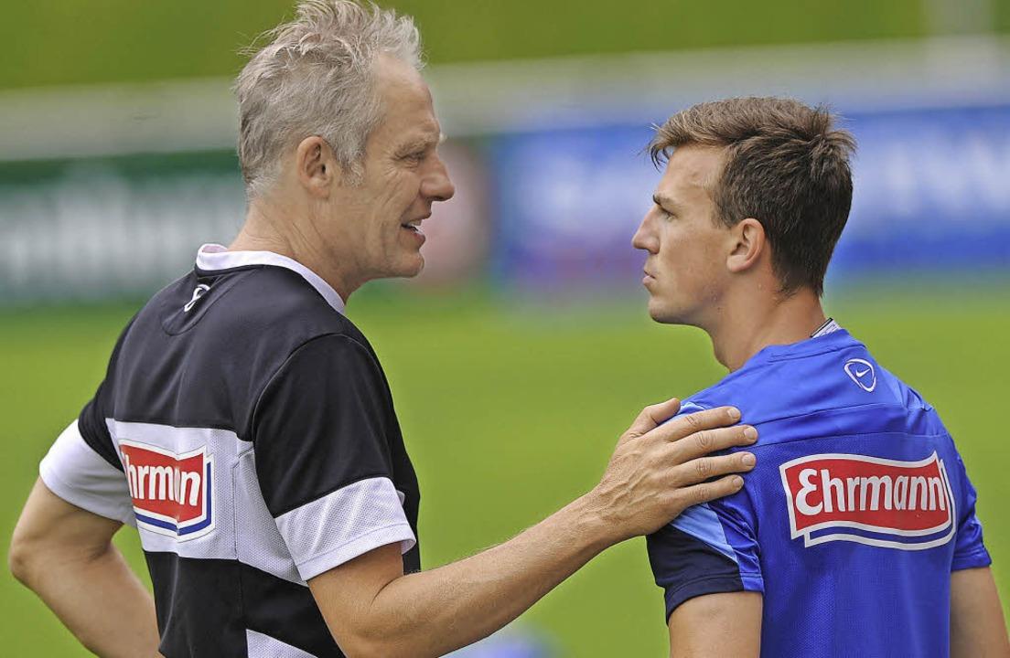 Die Wege von SC-Trainer Christian Stre...ks) und Vladimir Darida trennen sich.   | Foto: Meinrad Schön