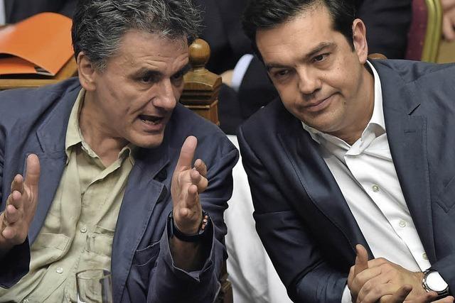 Tsipras entlässt Minister und bildet Kabinett um
