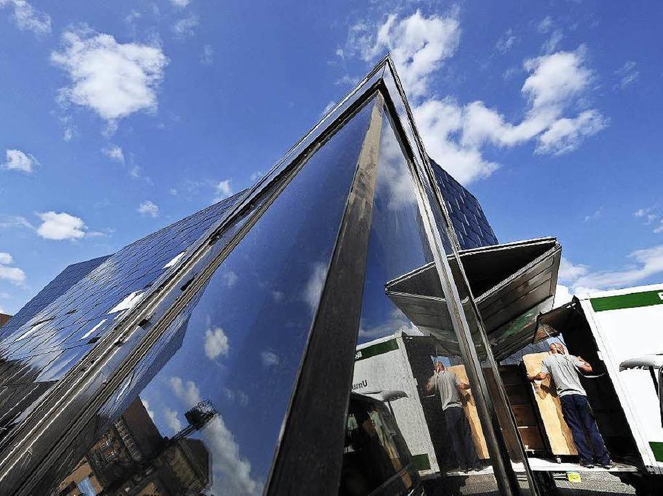 Je nach Licht und Wetter ändert sich die Fassadenoptik.  | Foto: Thomas Kunz