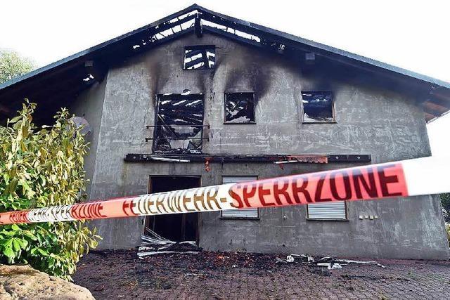 Feuer in Flüchtlingsheim in Remchingen wohl gelegt