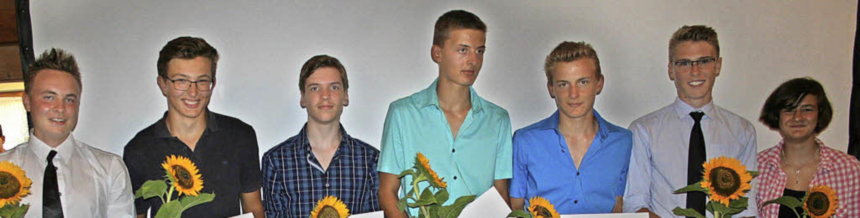 Die Geehrten des Abends (von links): M...Mathias Schulz und Tara Winterhalder.   | Foto: Dieter Maurer