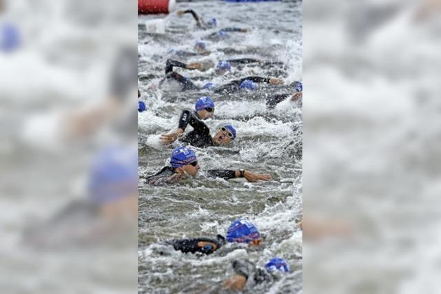 Christopher Hettich gewinnt den 19. Schluchsee-Triathlon