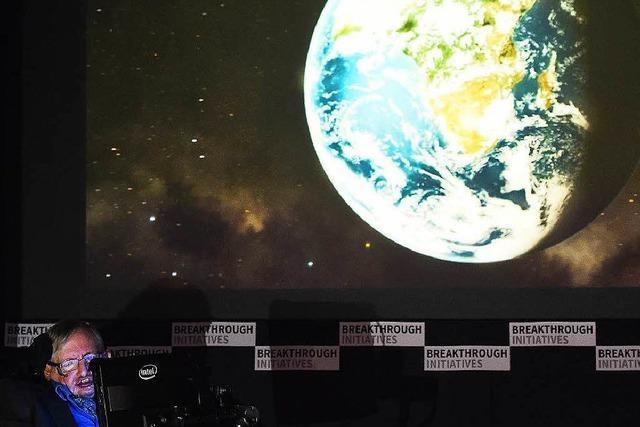 Hawking wirbt für Lauschangriff auf Außerirdische