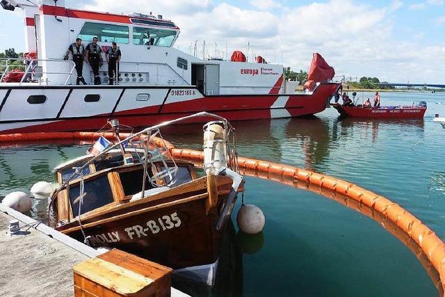 Boot beim Wassersportclub Altenheim gesunken