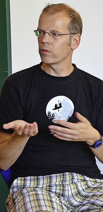 <ppp> </ppp>Robert Sandermann in ihre Klasse ein.   | Foto: Martina Proprenter