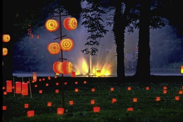 Lichtermeer mit Kerzen und Lampion in Bad Bellingen