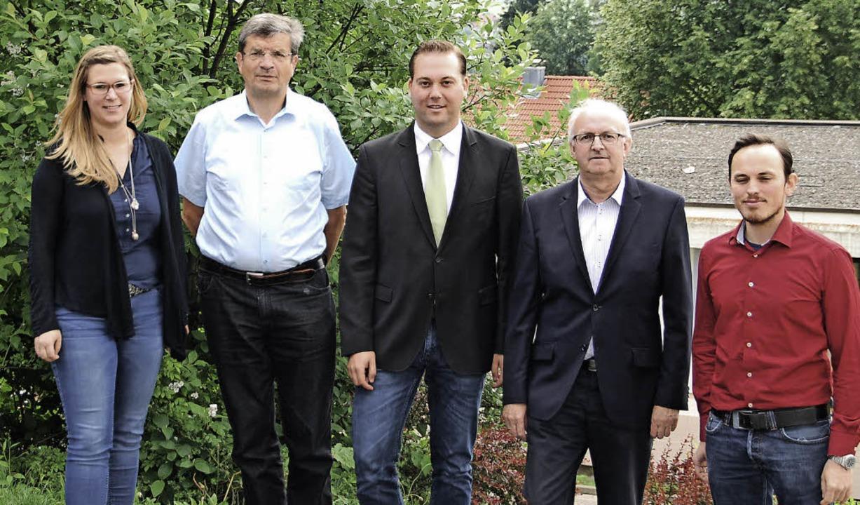 Diskutierten über die Schulpolitik (vo...einer, Paul Gihr und Fabian Schwörer.   | Foto: Privat