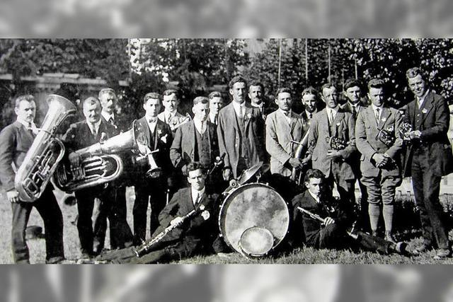Musiker feiern 90-jähriges Bestehen