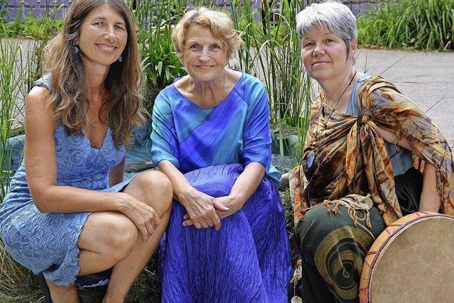 Petra Leppertinger, Karin Bailer und Viola Zürcher in Müllheim
